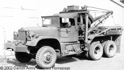 Diamond T 969A, wrecker, 6 x 6, 6V (Front view, left side)