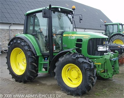 John Deere 6330, 4 x 4, 12V, D (Front view, right side)