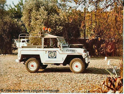Landrover 88, half ton, 4 x 4, 24 V (side view, right side)