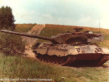 Leopard 1A3 (Front view, right side)