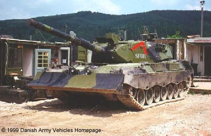 Leopard 1A5 (Front view, left side)