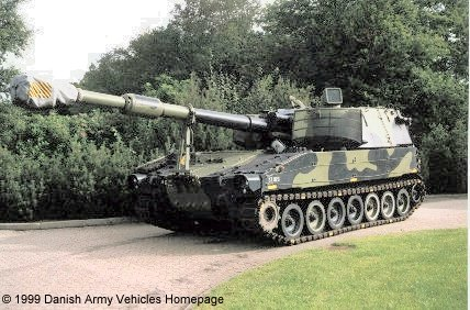 M109 A3 (Front view, left side)