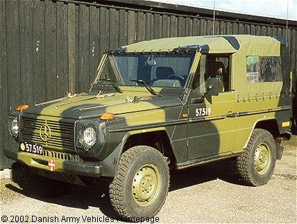 Mercedes 240 GD, 4 x 4, 24 V, D (Front view, left side)