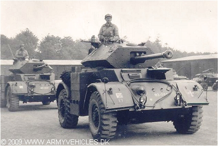 Staghound Mk III, 4 x 4, (Front view, right side)
