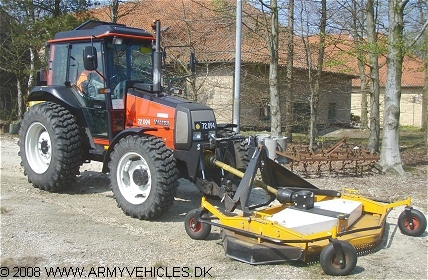 Valtra 600-4WD, 4 x 4, D (Front view, right side)